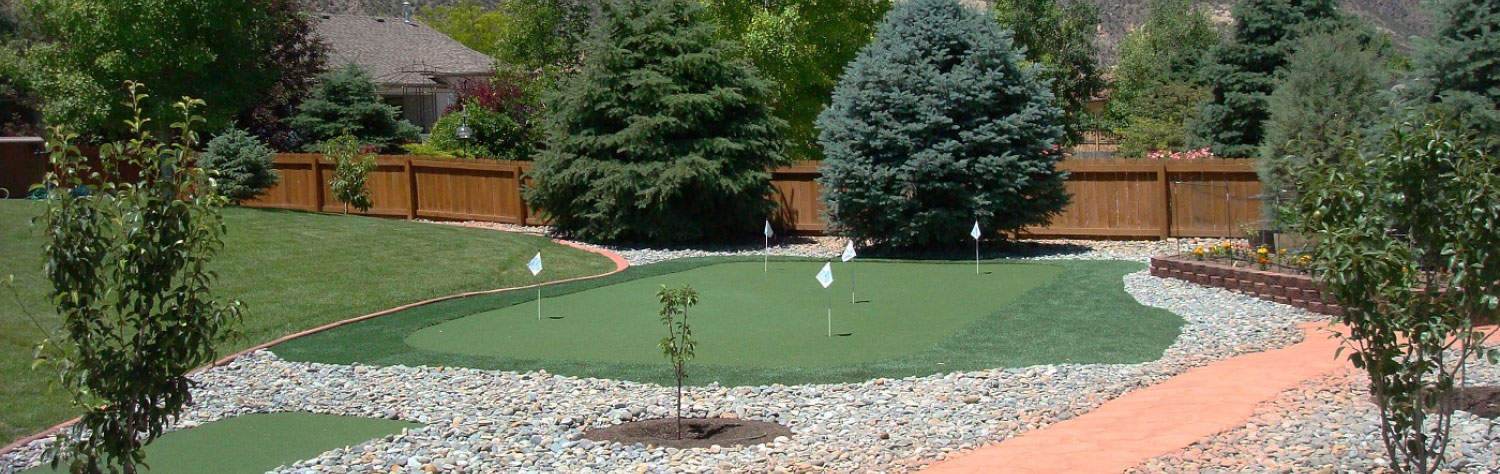 Why add an Artificial Turf Putting Green in Your Backyard