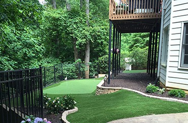 Artificial Turf Putting Greens for your backyard