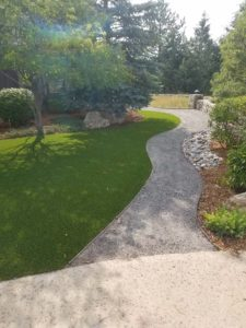 artificial-grass-pathway
